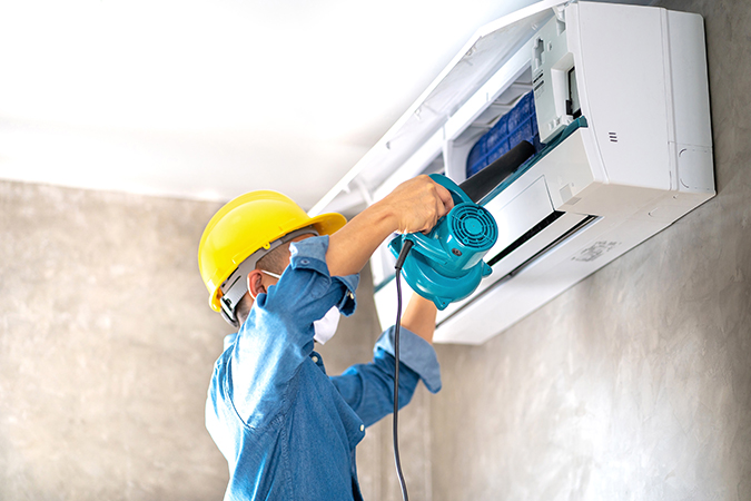 cleaning-maintenance-air-conditioner